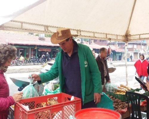 Punto-de-venta-plaza-de-mercado-La-Calera